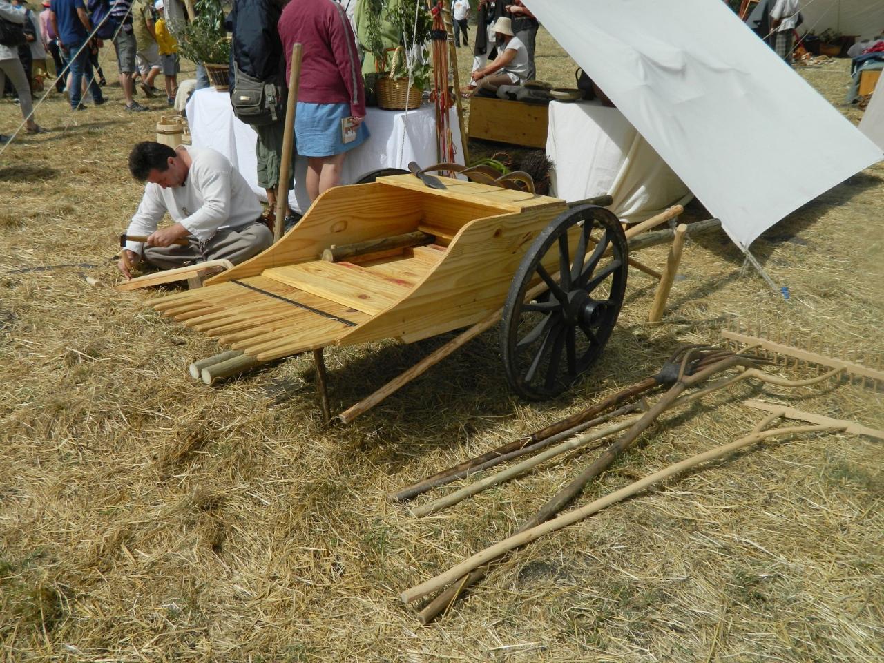 Evocation d'un vallus et outils agricoles gaulois